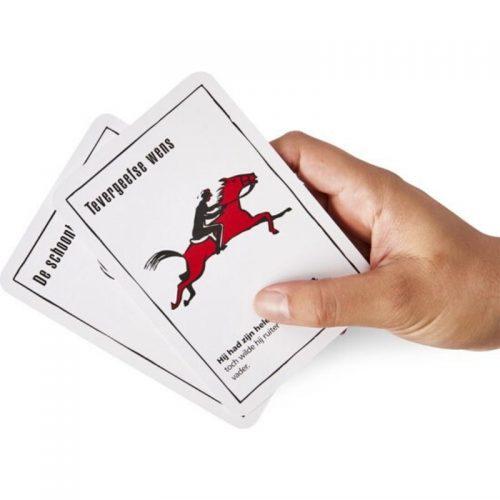 kaartspellen-black-stories-real-crime (2)