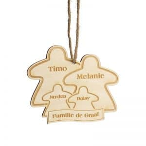 bordspel-merchandise-houten-kerstornament-meeple-family-gepersonaliseerd